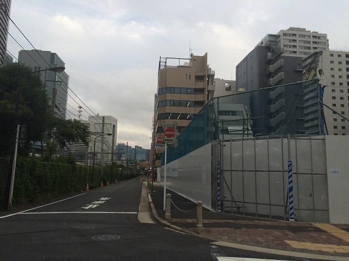 パークコート浜離宮ザタワー_東側道路(北から撮影)