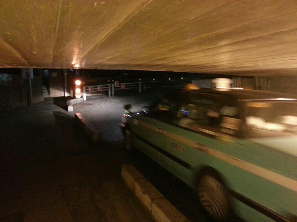 お化けトンネル出口